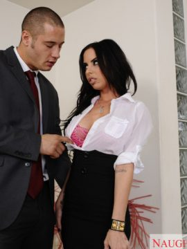 Brandy aniston fucking in the floor with her black hair in naughty office