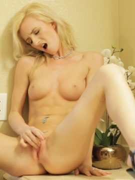 Join beautiful blonde Skylar Green as she uses her magical fingers for a hot wild exploration of her bald juicy pussy